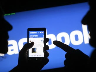 1.090 millones de usuarios se conectan a través del móvil