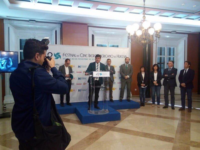 El alcalde de Huelva asegura que esta edición del Festival marcará un punto de inflexión en la historia del certamen