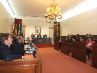 El Pleno de Diputación respalda las medallas de Oro, que serán dadas a los ganadores en un acto que se llevará a cabo en el Teatro del Mar de Punta