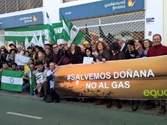 Concentración contra el gas en Doñana