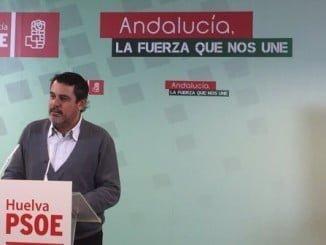 Ferrera dice que en tiempos de crisis Andalucía ha mantenido sin recortes su sanidad