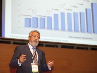 Pedro Pérez Girona, profesor de la Onubense