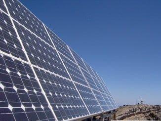 El proyecto consta de dos plantas solares que le convierten en el más importante de energía limpia del país