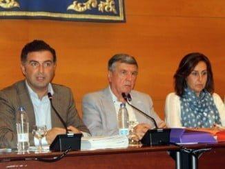Presidencia del pleno municipal de Moguer