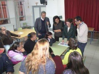 Reunión del Ayuntamiento con las familias de las primeras ocho viviendas que se van a rehabilitar