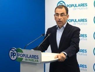 Ángel Sánchez. en rueda de prensa