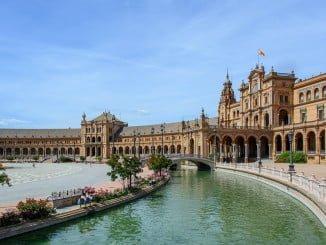Sevilla y Málaga son los destinos andaluces preferidos por los europeos