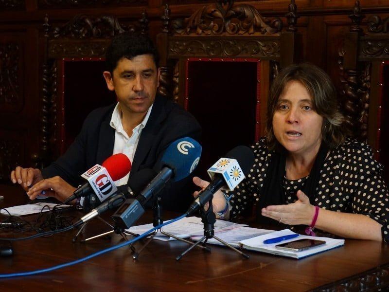 El alcalde de la ciudad, Alberto Fernández y la teniente de Alcalde de Cooperación Transfronteriza, Marisol Guadamillas