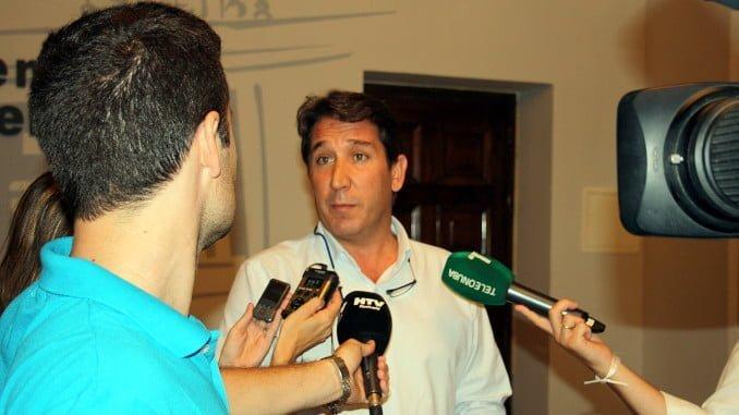 Gallardo propone que el dinero de las sanciones se destine al Plan Municipal de Adicciones