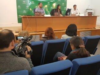 Presentación en Huelva del Anuario de  intervenciones de fosas comunes de la guerra civil.