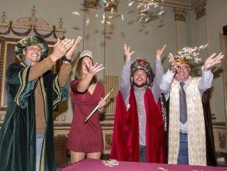 Coronado los Reyes Magos de Huelva y la Estrella de la Ilusión.