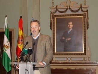 Gómez Márquez en rueda de prensa para explicar los puntos que mañana se llevarán al Pleno municipal