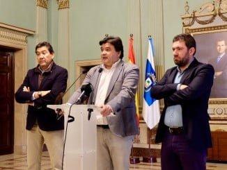 El alcalde de Huelva confirmó lo adelantado por Huelvared.com de dimisión de consejeros y la llegada de un gestor pagado por Huelva Deportes