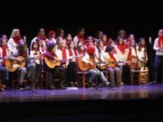Grupo Agua Viva durante su actuación en el festival de villancicos de Moguer