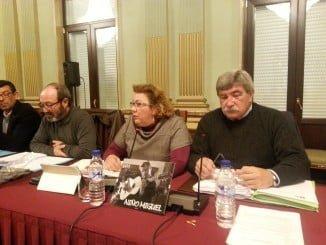 Grupo Municipal de IU durante su intervención en el Pleno