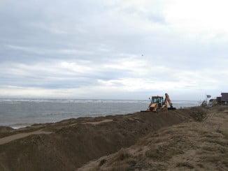 A punto de concluir los trabajos de regeneración de la playa de Isla Canela