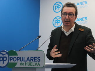 """Manuel Andrés González pedirá a la Junta que se """"moje"""" y de ayudas para los damnificados pro el temporal"""