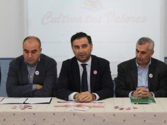 Intervención del alcalde de Moguer dando la bienvenida a los nuevos contratados