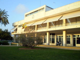 Edificio del Ayuntamiento de Isla Cristina, quien ha puesto en marcha la campaña