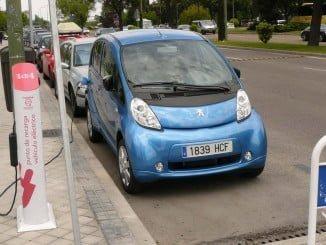 Los fabricantes apuestan por vehículos cada vez más respetuosos con el medio ambiente
