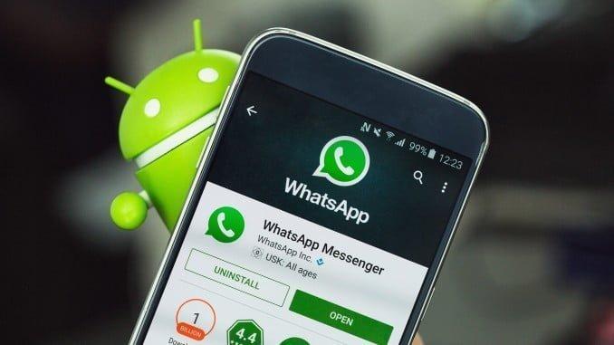La mayoría de los andaluces ha usado WhatsApp en horario laboral