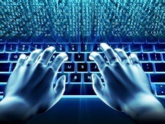 Los españoles que no usan internet no lo hacen por falta de acceso, sino que alegan desinteres