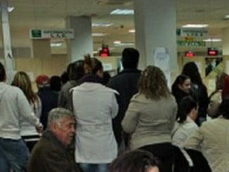Los empleados del Servicio de Empleo Público Estatal en Huelva son los que más carga de trabajo tienen de toda Andalucía