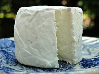 IU quiere que se incorpore al queso de cabra en el listado de productos con ventajas fiscales