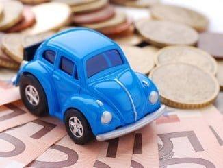 Los andaluces gastaron en su seguro de automóvil menos que el año pasado