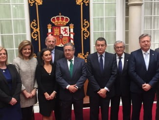 Los subdelegados del Gobierno junto a los ministros de Empleo e Interior y el delegado del Gobierno
