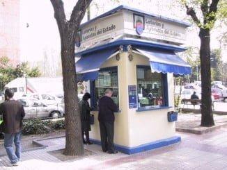 Los onubenses se han gastado una media de 27,51 euros en la Lotería de Navidad este año