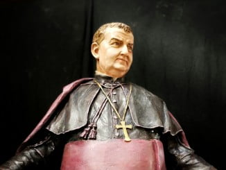 Nueva imagen de San Manuel González realizada por el escultor Martín Lagares para la parroquia de San Pedro de Huelva.