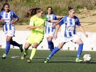 Las chicas del Sporting se vieron sorprendidas por el Real Betis.
