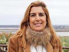 La parlamentaria socialista Manuela Serrano.