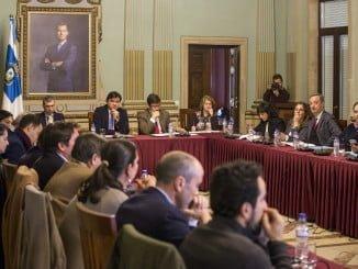 Pleno extraordinario en el Ayuntamiento de Huelva para incorporar al Ayuntamiento al Consejo de Administración del Real Club Recreativo de Huelva S.A