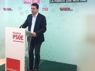 senador socialista por la provincia onubense Amaro Huelva