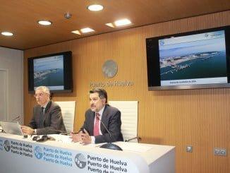 El presidente y el director de la Autoridad Portuaria han hecho balance del año