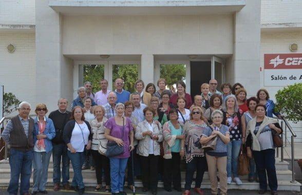 Una de las visitas recibidas el año pasado fue la de los mayores del Centro Lazareto