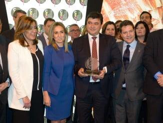 El alcalde ha recogido el testigo de Toledo como capital gastronómica de manos de su alcaldesa