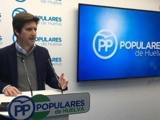 El parlamentario popular ha anunciado que pedirán la comparecencia del consejero de Fomento