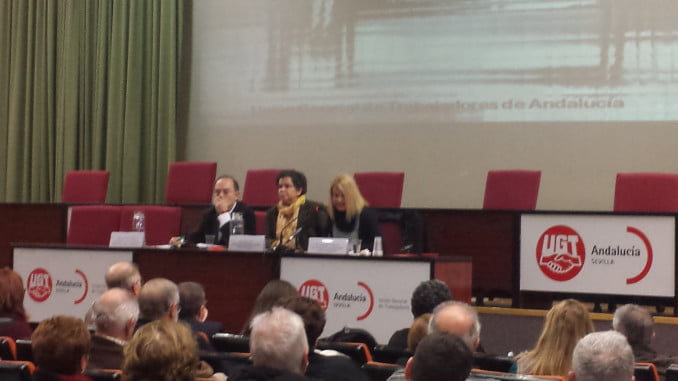 Carmen Barrera, durante su intervención en la jornada celebrada en Sevilla