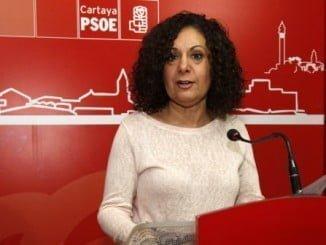 Lola Martín (PSOE) señala que se trata de una medida para fomentar la creación de empresas y empleo en el municipio