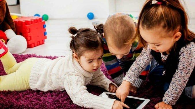 La mayoría de los regalos 3.0 para menores no están suficientemente protegidos y requieren la vigilancia paterna