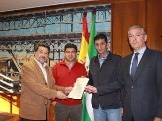 Reunión de los representantes sindicales con el Puerto de Huelva que se adhiere al Acuerdo para el Progreso Social