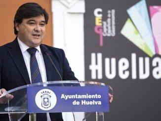 El alcalde de Huelva presenta las actividades de Huelva en Fitur 2017