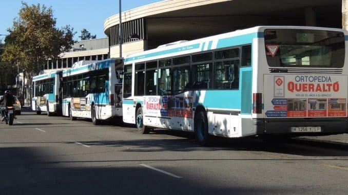 Los parados de larga duración y las familias en exclusión social tendrán el autobús gratis
