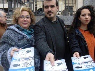 PCE inicia en Huelva la campaña contra el abuso de las eléctricas, que ya se está llevando a cabo en el resto del país