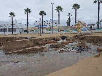 La playa de La Antilla volvió a sufrir los efectos del temporal en diciembre