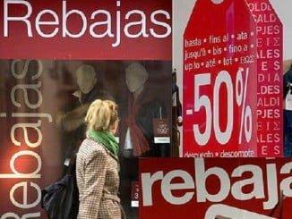 Consumo recuerda que el consumidor tiene los mismos derechos también en rebajas