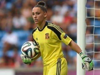 Sara Serrat, la joven guardameta onubense vuelve a la selección española absoluta, recuperada de su lesión